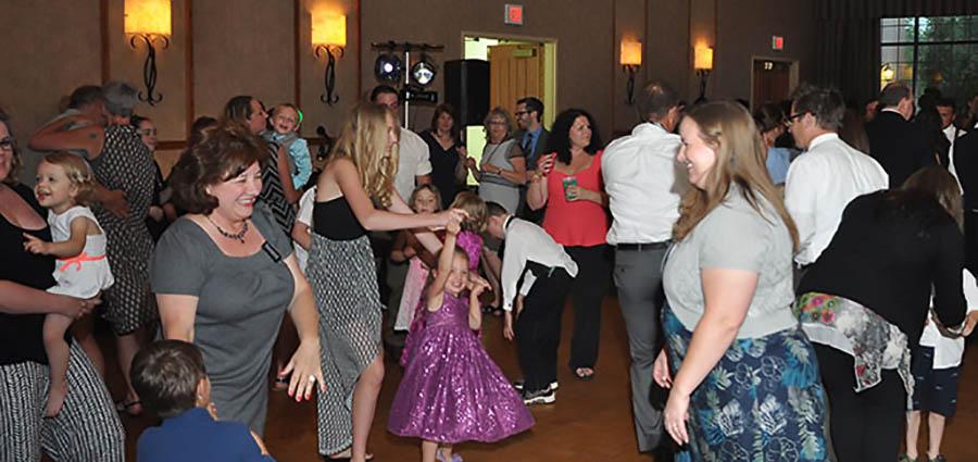 Wedding Dj Wisconsin Dj For Wedding Reception Fond Du Lac Dj